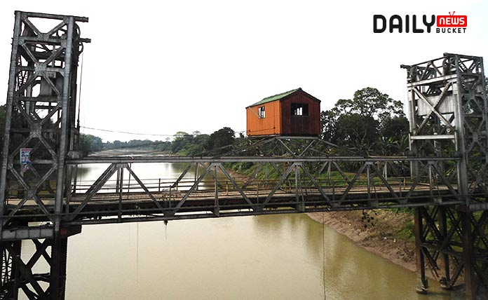 old bridge to take pedestrian over the water